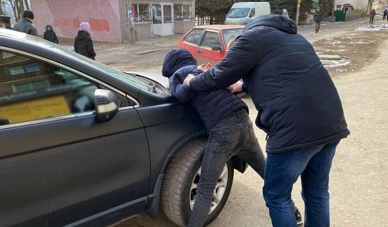 Правоохоронці затримали групу серійних крадіїв, які потрошили квартири і будинки жителів Слов'янська і Краматорська